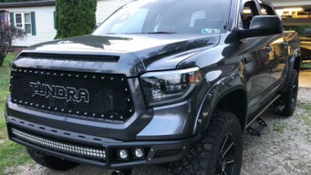 Royalty Core - Toyota Tundra 2014-2020 RC2 Twin Mesh Grille with Tundra Emblem - Image 3